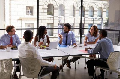 How to Keep Your Employees Engaged At Business Meetings